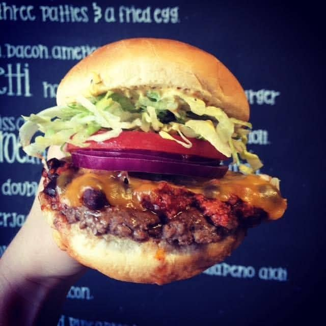 Chili Burger image