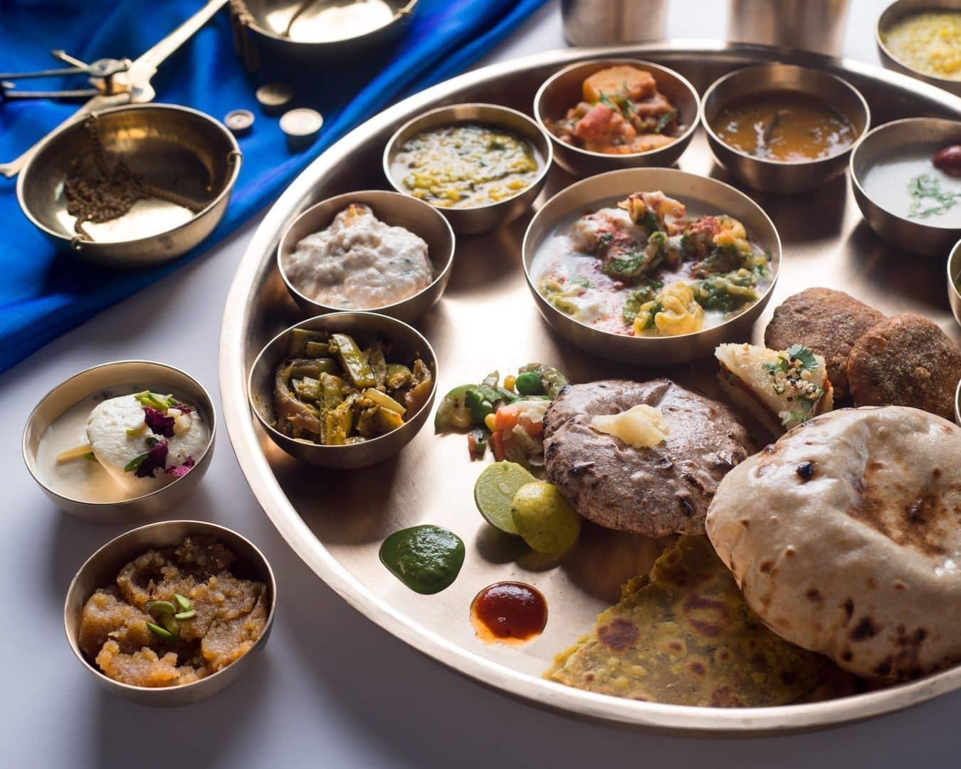 Maharaja Bhog - Premium Veg Thali image