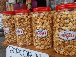 Royale Popcorn - Large image