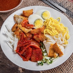 Mee Rojak Sotong image