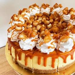 Macadamia White Choc Cheesecake image