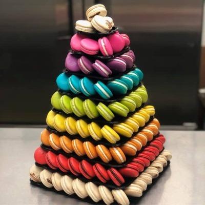 200 Count Macaron Tower image