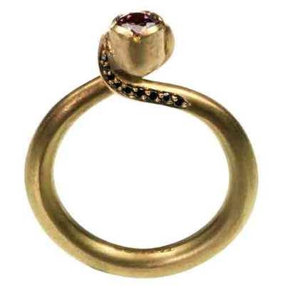 18 carat gold ring with pink tourmaline stone image