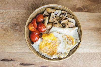 Quinoa Breakfast Bowl image
