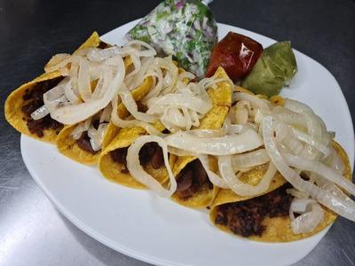 Tacos de Bistec image