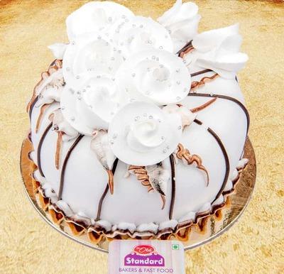 Choco Vanilla Cake-Egg image