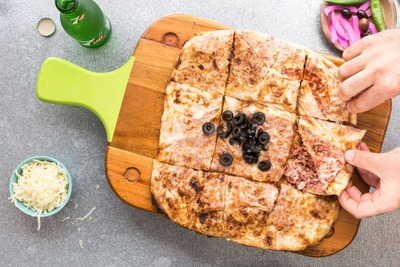 Cheese & Sujuk Fateer image