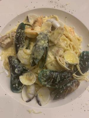 Seafood Carbonara image