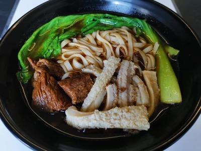牛杂面(汤) image