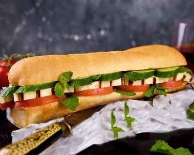 Halloumi Sandwich image