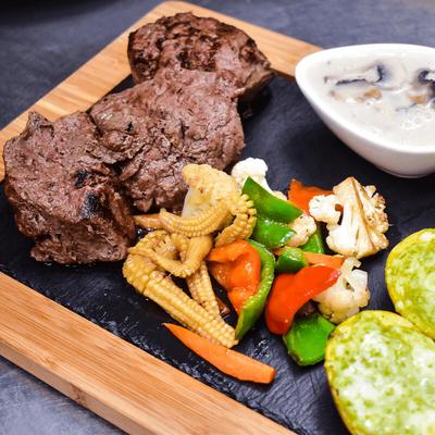 Tenderloin Steak  ~ 65 Min image