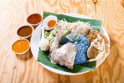 Nasi Kerabu Ayam Percik image