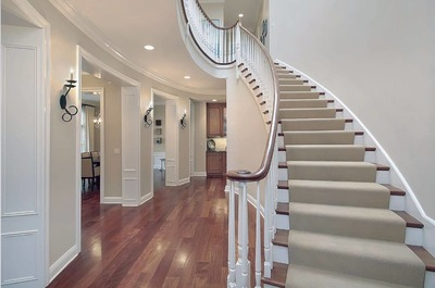 Staircase (10 steps or less) - Carpet shampoo (10 mins) image