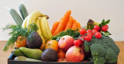 FRUIT AND VEGETABLE BOX-FAMILY SIZE image