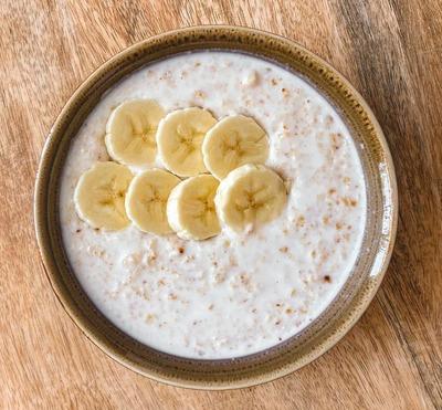 Banana Oat Meal image