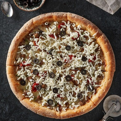 Greek Pizza image