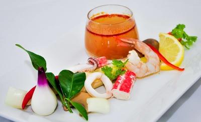 Seafood Tomyam image