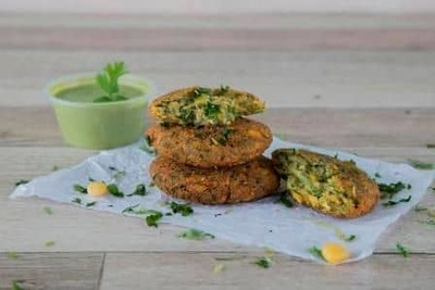 Spinach Corn Fritters image
