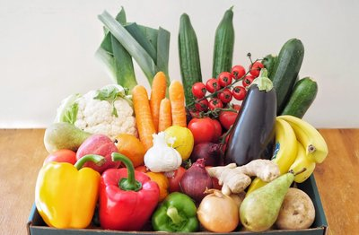 FRUIT AND VEGETABLE BOX-LARGE FAMILY SIZE image