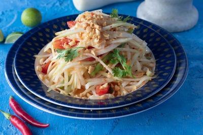 Som Tam Salad (spicy) image